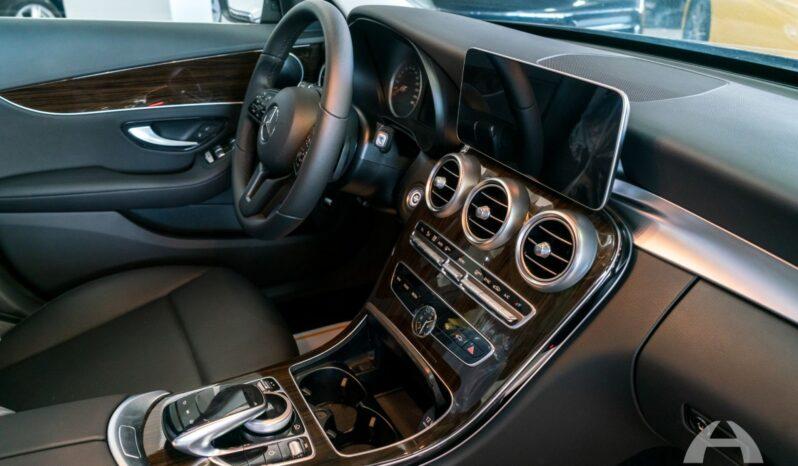 Nuevo 2019 Mercedes Benz Clase C lleno